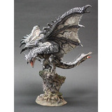 Figura De Rathalos Plateado Monster Hunter Capcom Original