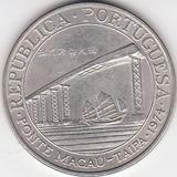 Macao, Antigua Moneda De Plata 0,650 20 Patacas  1.974