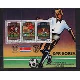 Corea Del Norte 1982 Mundial Futbol España Jugadores Balon