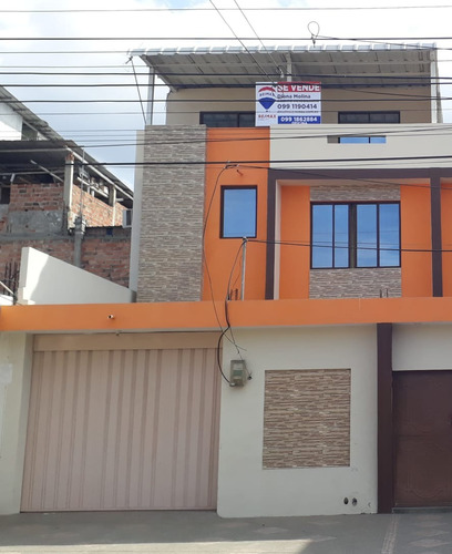 Vendo Casa En Excelente Ubicación En Manta
