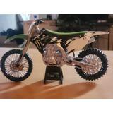 Moto A Escala 1:12 Kawasaki Monster Enrgy