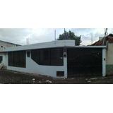 Casa Con Terreno En Venta. Valle De Los Chillos