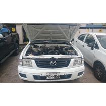 Mazda Doble Cabina B2200 Blanca 4 Puertas