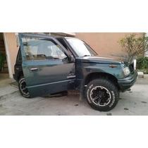 Jeep Chevrolet Vitara Clásico 4x4 1999; 3 Puertas