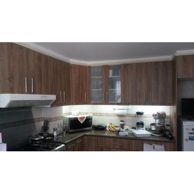 Muebles modulares cocina closet ba os puertas en quito u for Muebles de cocina quito olx